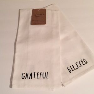 🍂 RAE DUNN GRATEFUL/ BLESSED Towel set (2) - NWT